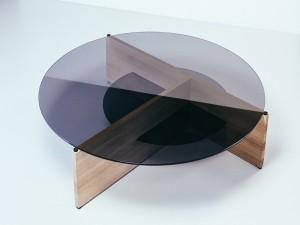 DIVIDE / coffee table / 2016 / smoked glass, oak, aluminium / 1000 mm x 300 mm