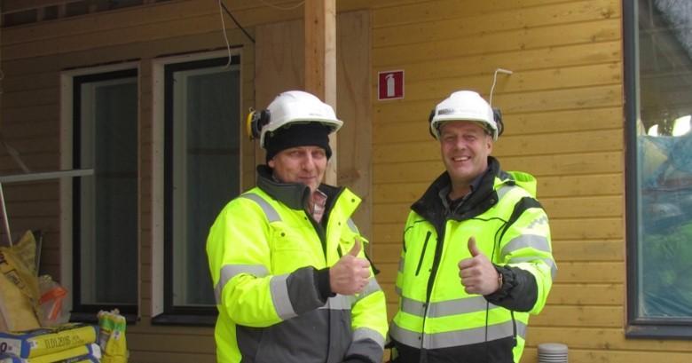 Rakennusalan lehtorit Olli Härmä ja Markku Narinen ovat olleet tyytyväisiä kansainväliseen yhteistyöhön
