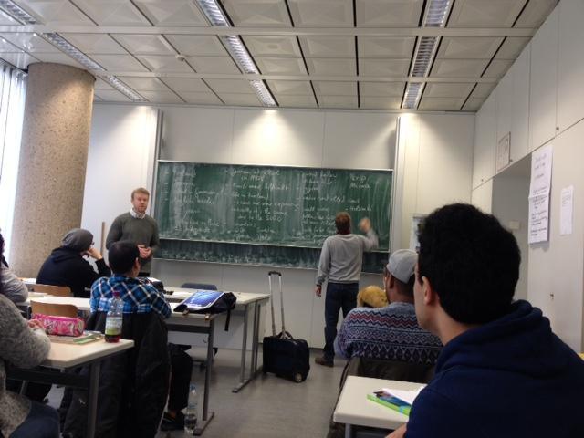 Opettajat pääsivät viikon aikana seuraamaan  Ottilie-Schönewald-Weiterbildungskolleg der Stadt Bochum -oppilaitoksen  tunteja ja oppimaan paikallisilta ... f084b91fe3