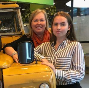 Paula ja Noona Mertanen nauttivat opinnoistaan Omniassa.