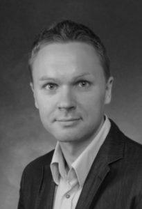 Filip Häyrynen oli suunnitellut jo pitkään johtamisen erikoisammattitutkinnon suorittamista.