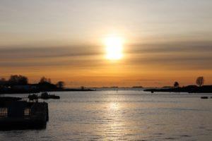 Auringonlasku Suomenlinnassa