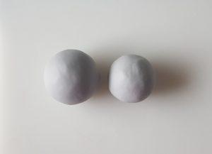 sokerimassapalat muotoiltu palloiksi